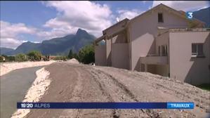Face aux risques d'inondation la ville de Sassenage r�hausse ses digues
